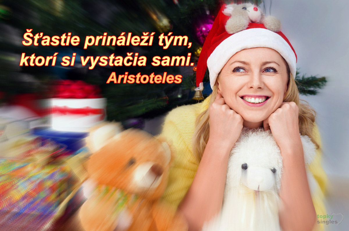 single žena pod vianočným stromčekom