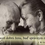 zamilovaný starecký párik